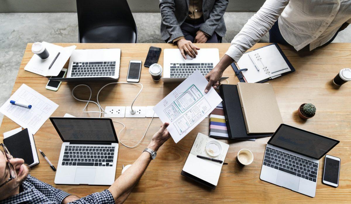 Il metodo di sviluppo app di Airlapp basato sulla collaborazione tra professionisti
